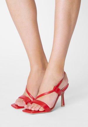 JERRYS - T-bar sandals - red
