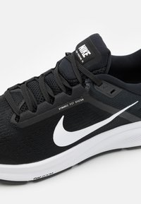 Nike Performance - AIR ZOOM STRUCTURE 24 - Stabilty running shoes - black/white - 5