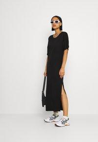 Dedicated - LONG DRESS RONNEBY  - Žerzejové šaty - black - 1