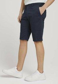 TOM TAILOR - JOSH  - Shorts - dark navy minimal design - 3