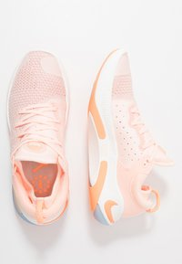 Nike Performance - JOYRIDE RUN - Juoksukenkä/neutraalit - sunset tint/orange pulse/pink quartz/crimson tint/sail - 1