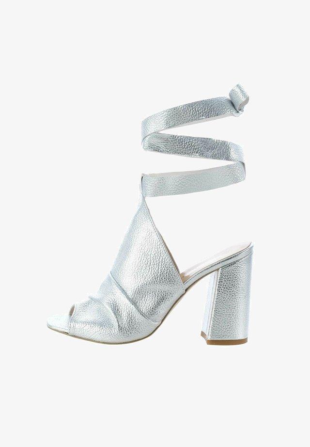 CONIALE - Sandály na vysokém podpatku - silver