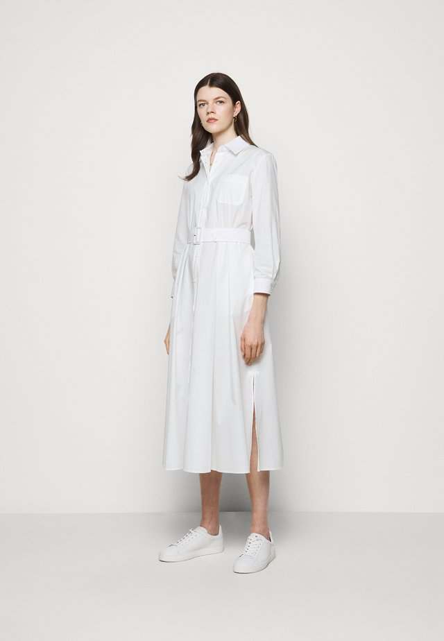 FAVILLA - Shirt dress - weiss