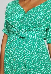 Seraphine - DAFFODIL TIE FRONT DRESS - Sukienka letnia - green - 5