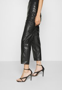 Even&Odd - HIGH WAISTED PU STRAIGHT LEG TROUSERS - Trousers - black - 4