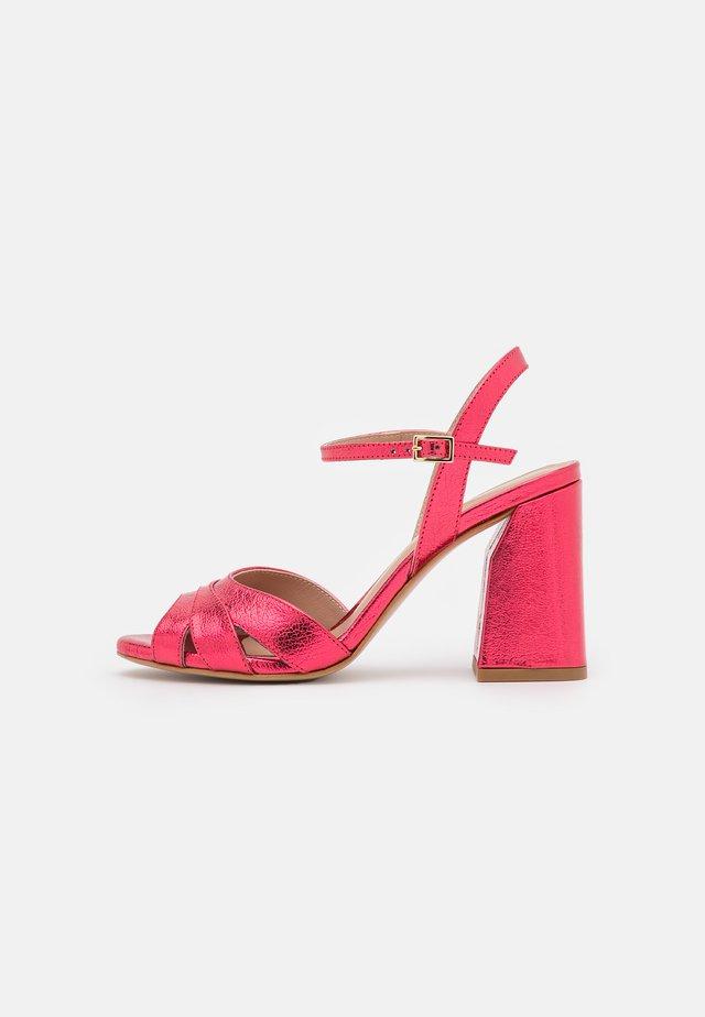 Sandales - framboise