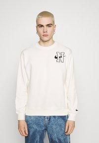 Nike Sportswear - RETRO CREW - Sweatshirt - sail - 0