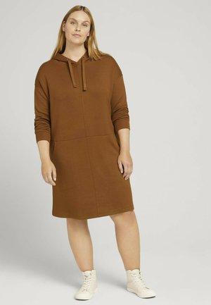 Jersey dress - amber brown