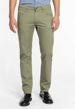 DAREN ZIP FLY - Spodnie materiałowe - lichen green