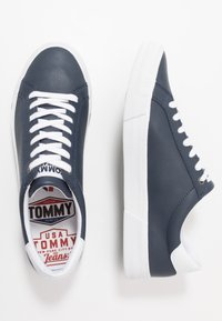 Tommy Jeans - ESSENTIAL - Sneakers laag - blue - 1