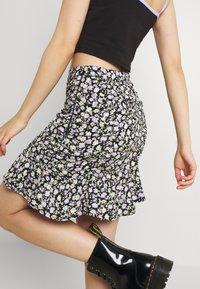 Hollister Co. - CINCH SKIRT - Mini skirt - black - 3