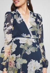 Hope & Ivy Maternity - LONG SLEEVE WRAP DRESS - Maxi šaty - navy - 5