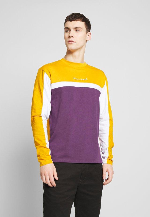 ROWAN TEE - Pitkähihainen paita - mustard/purple