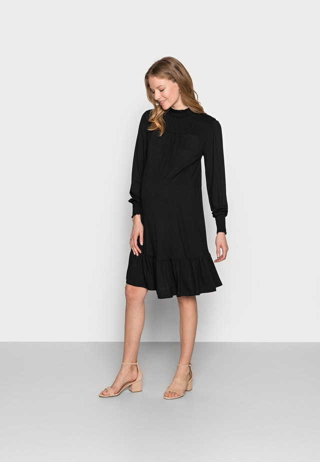 SHIRRED YOKE DRESS - Jerseyklänning - black