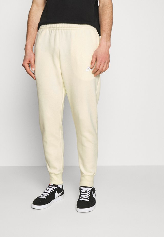 CLUB - Tracksuit bottoms - coconut milk/white