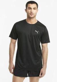 Puma - RUN FAVORITE TEE  - Print T-shirt - puma black - 0
