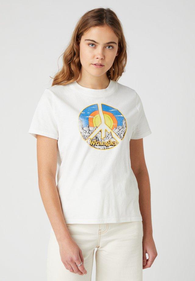 HIGH REGULAR TEE - T-shirt con stampa - white worn