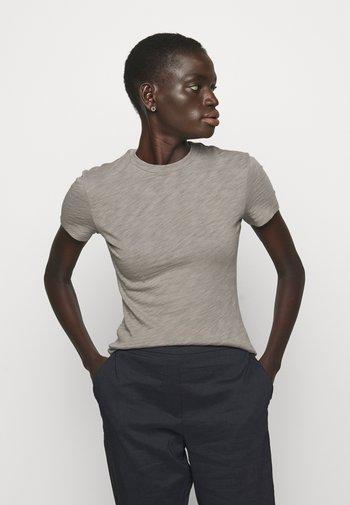 TINY TEE NEBULOUS - Basic T-shirt - moss