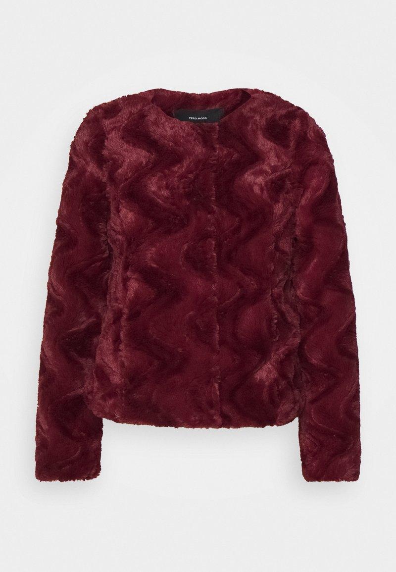 Vero Moda Petite - VMCURL SHORT JACKET - Winter jacket - cabernet