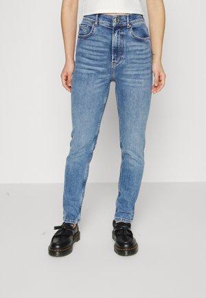 COMFY - Straight leg jeans - mid blue