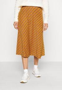 Nümph - NUBUNTY SKIRT - A-line skirt - buck brown - 0