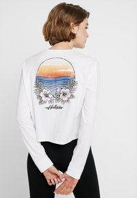 Hollister Co. - LONG SLEEVE IMAGERY  - Top s dlouhým rukávem - white - 3