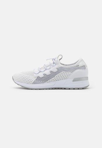 IVORY EVO - Zapatillas - white/light grey