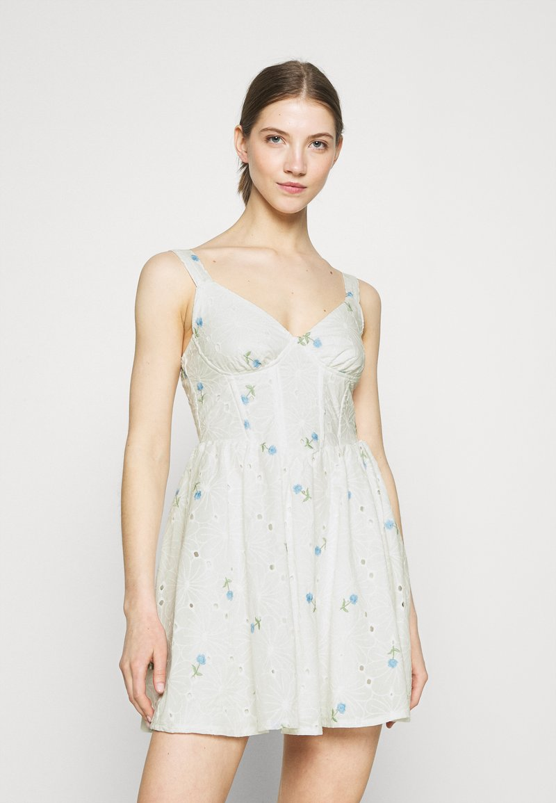 Missguided - FLORAL BRODERIE CORSET SKATER DRESS - Day dress - white