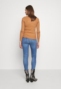 River Island - AMELIE - Jeans Skinny Fit - mid wash - 2