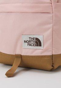 The North Face - DAYPACK UNISEX - Ryggsekk - light pink/brown - 3