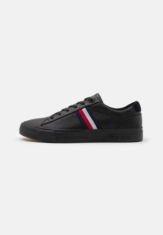 CORPORATE  - Sneakers - black