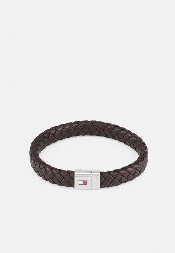 ROUND BRAIDED BRACELET - Bracelet - braun