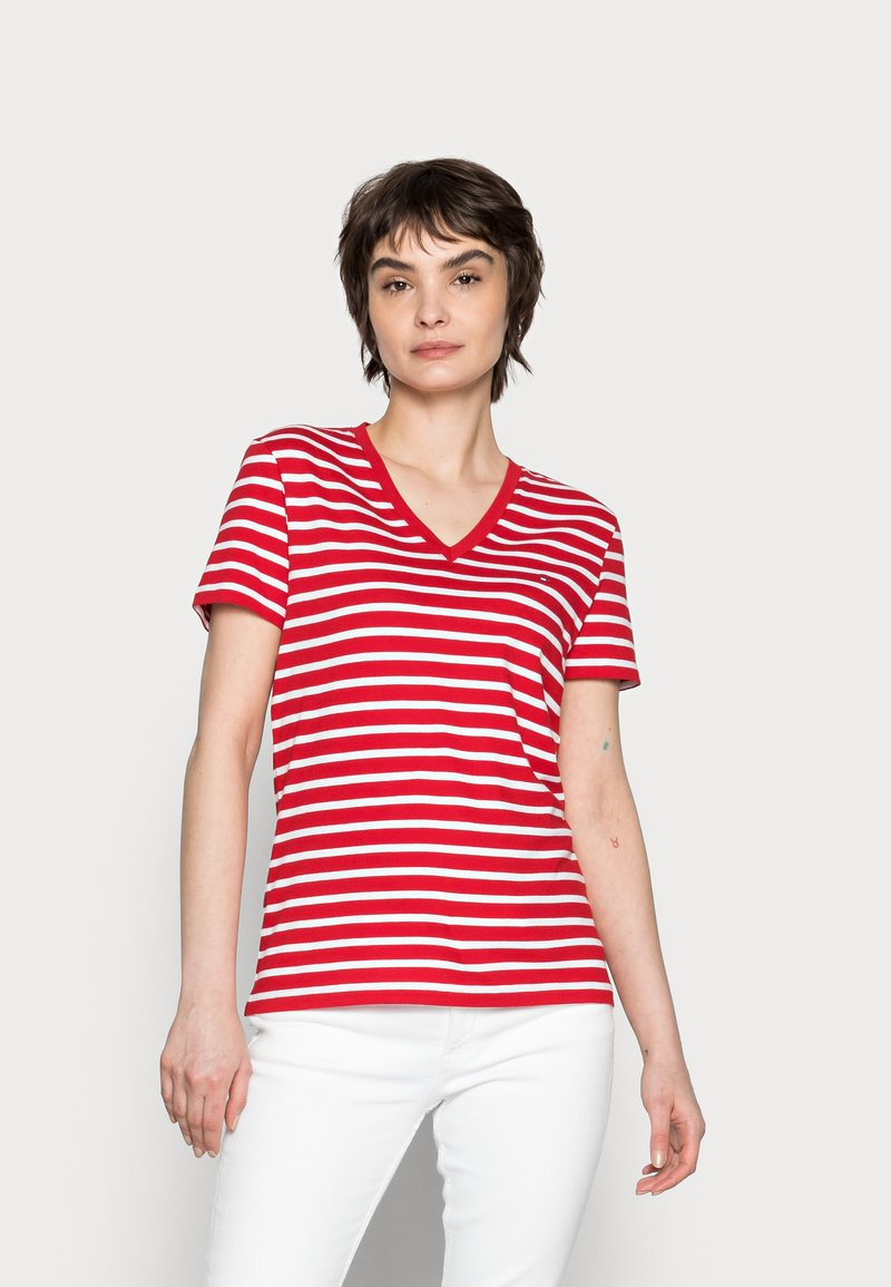 Tommy Hilfiger - NEW V-NECK TEE - Print T-shirt - red