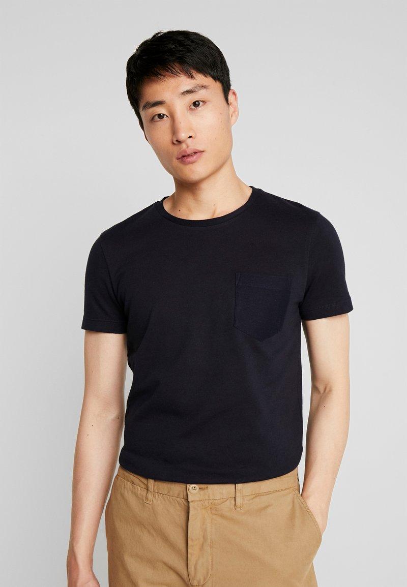 TOM TAILOR DENIM - IN NEW STRUCTURE - Basic T-shirt - sky captain blue