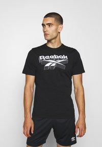 Reebok - TEE - T-shirts print - black - 0