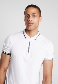 Armani Exchange - Poloshirts - white - 3