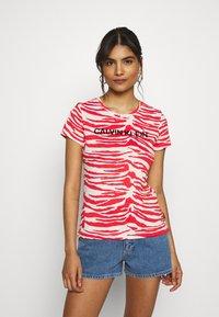 Calvin Klein - ZEBRA PRINT STRETCH TEE - Print T-shirt - red/white - 0