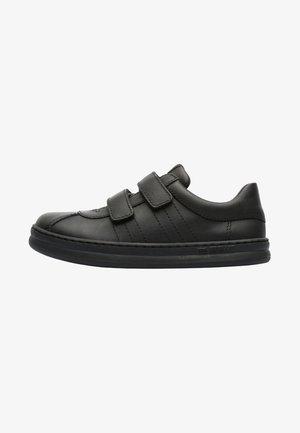 RUNNER FOUR - Klittenbandschoenen - black