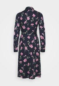 PIECES Tall - PCGLYDA MIDI DRESS - Shirt dress - sky captain/winsome orchid flowers - 7