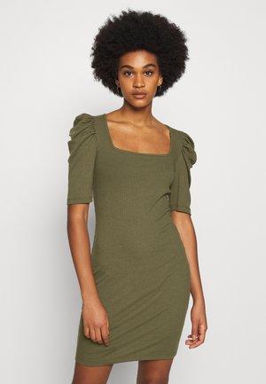 VMMINNIE SQUARE DRESS - Shift dress - kalamata