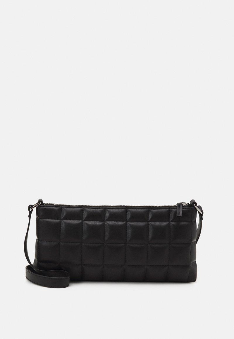 Monki - DUNDEE BAG - Handbag - black
