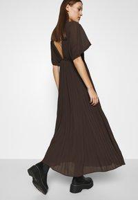 Samsøe Samsøe - QUARTZ LONG DRESS  - Maxi dress - mole - 5