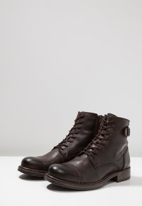 Jack & Jones - JFWSITI - Lace-up ankle boots - brown stone - 2