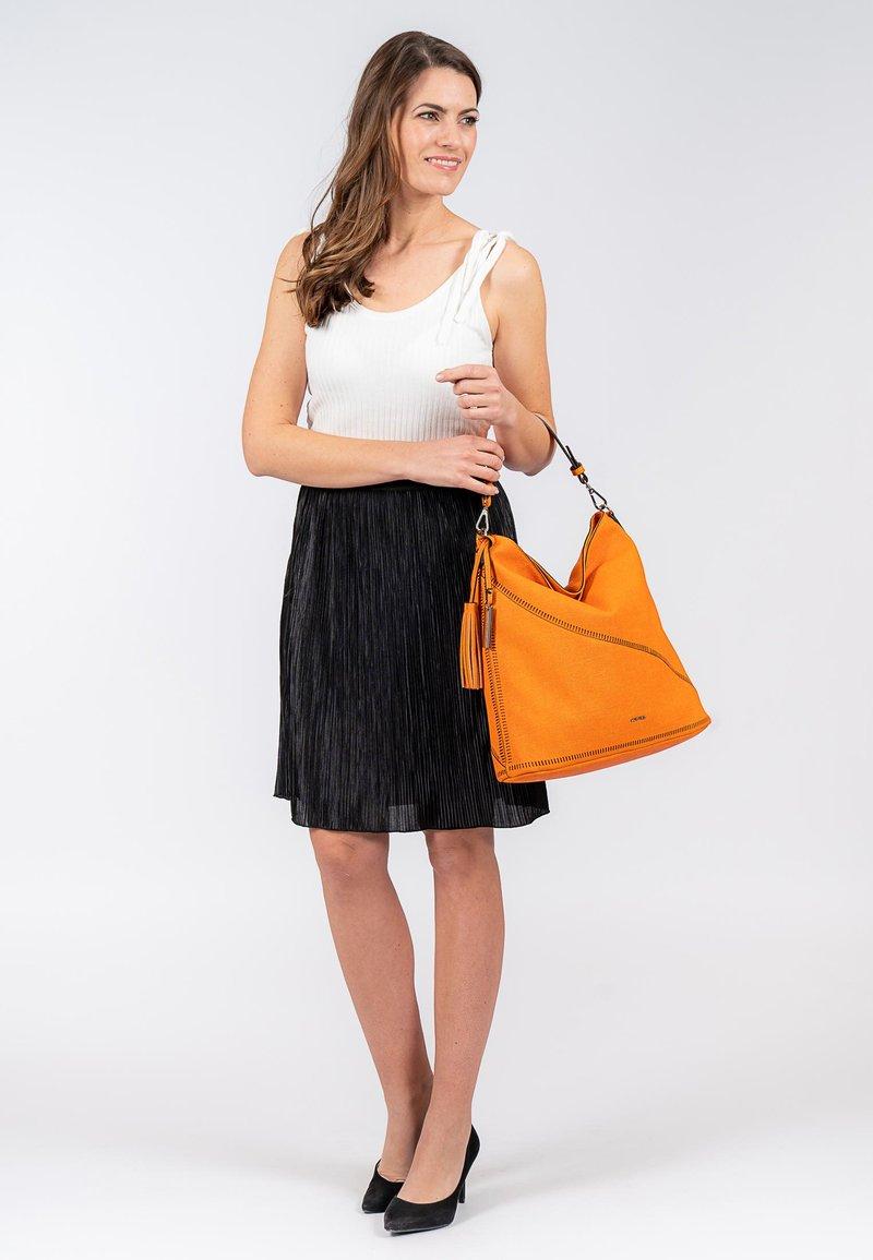 SURI FREY - TILLY - Cabas - orange