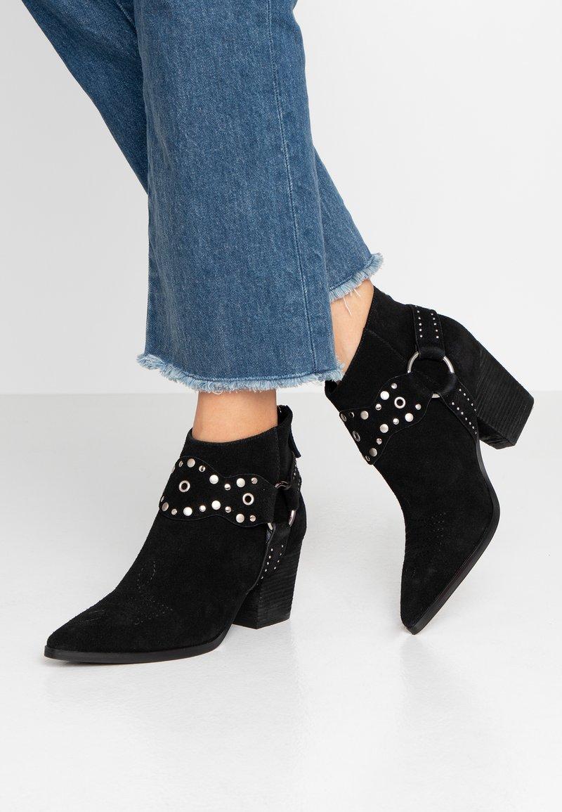 Bibi Lou Wide Fit - Ankle boots - black