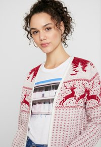 Vila - Cardigan - snow white/red - 3
