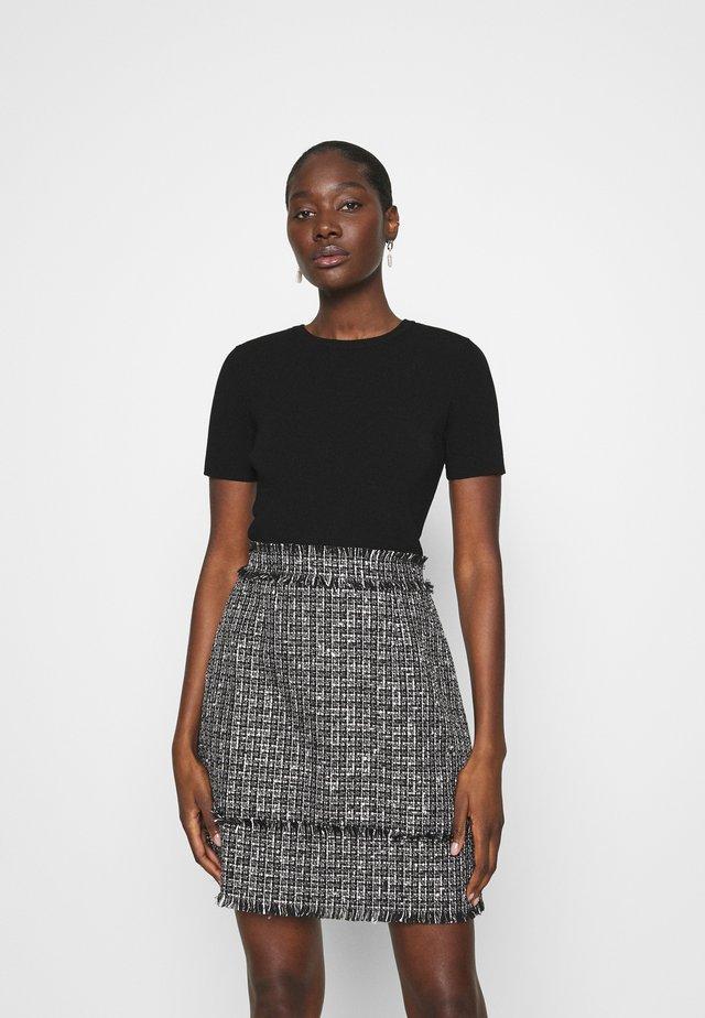 KLAUDID - Denní šaty - black