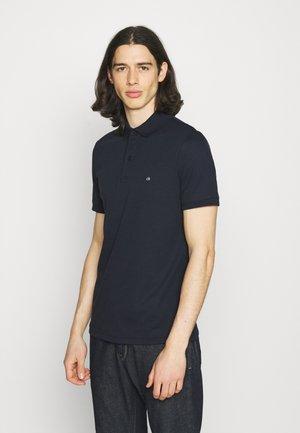 LIQUID TOUCH SLIM FIT - Polo shirt - calvin navy