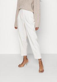 Bruuns Bazaar - CINDY DAGNY PANT - Kalhoty - kit - 0