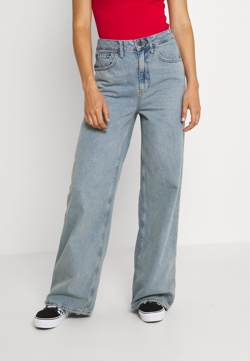 BDG Urban Outfitters - EMBROIDERED PUDDLE  - Relaxed fit jeans - summer vintage